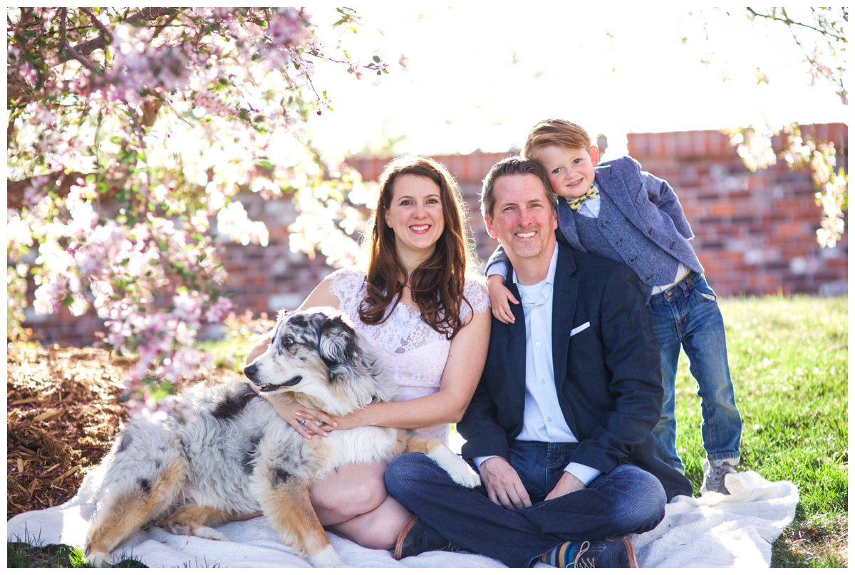 Stylish family photo with dog in Bend Oregon.