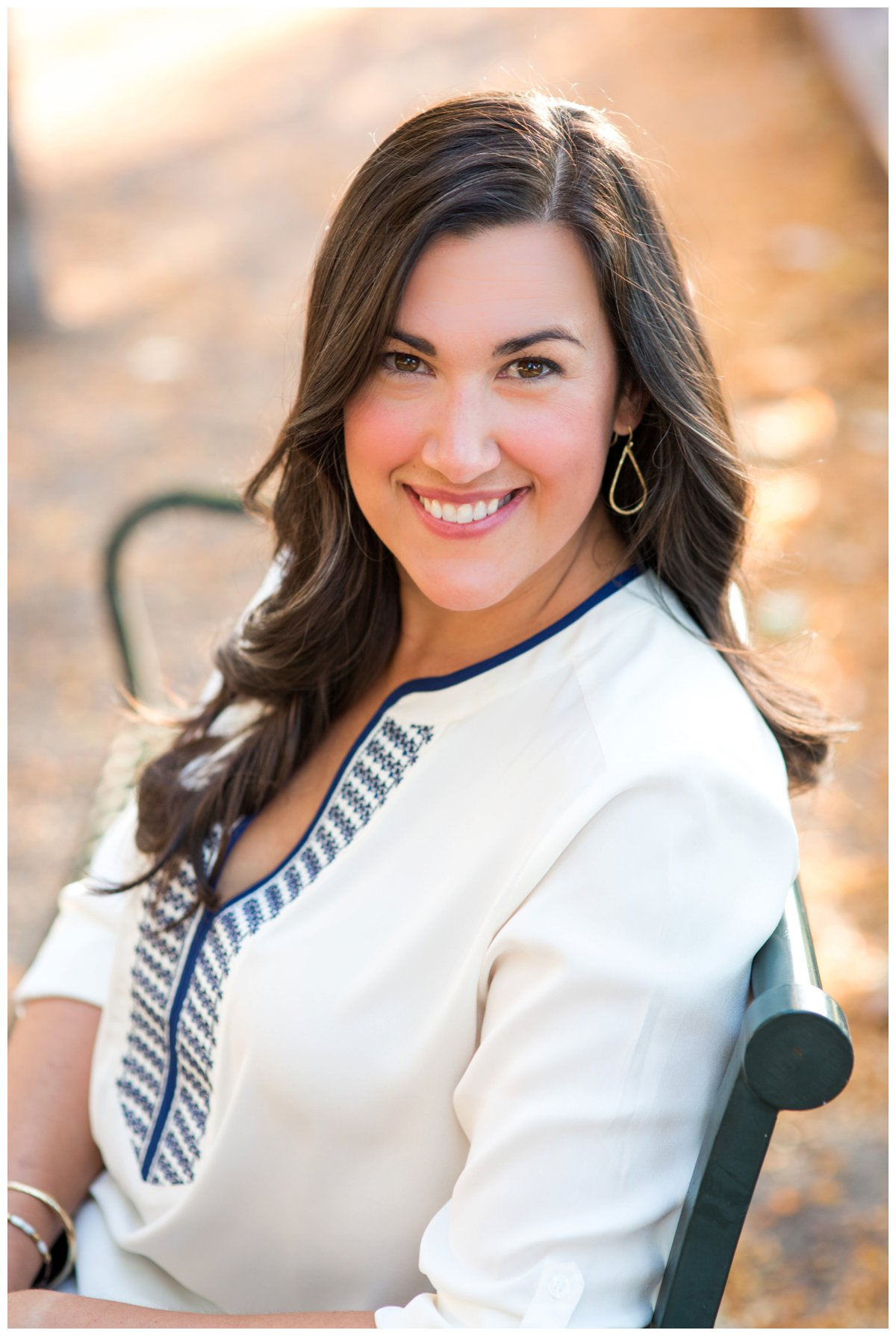Outdoor headshot for beautiful professional business woman in Bend Oregon
